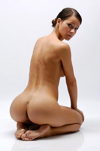 Melisa Mendiny Erotic Gallery