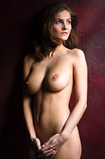 Linda Nude Gallery