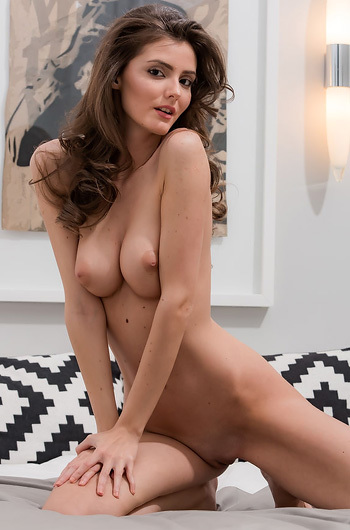 Gorgeous Hungarian Babe Fedra Spreading On A Bed