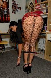 Janessa Schoolgirl Pussy In Fishnet Pantyhose