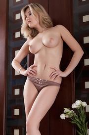 Gorgeous Busty Girl Angelina Nude