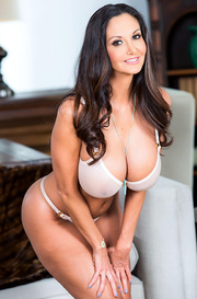 Big Boobed Latina MILF Ava Addams Gets Naked