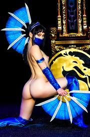 Aria Alexander As Kitana From The Mortal Kombat