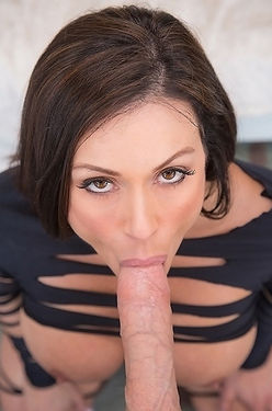 Kendra Lust Sexy MILF Sucks And Fucks