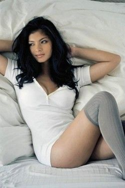 Pretty Angel Locsin
