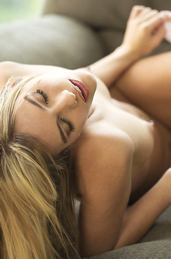 Naked Sexy Kenna James