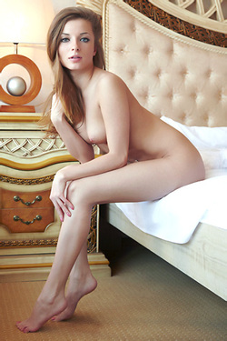 Giulia Nude On Her Bed