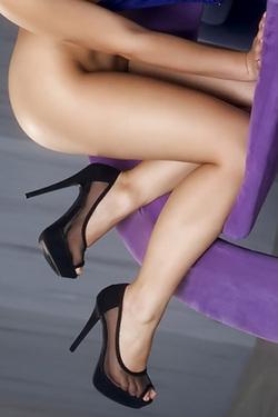 Valentina Natural Tits